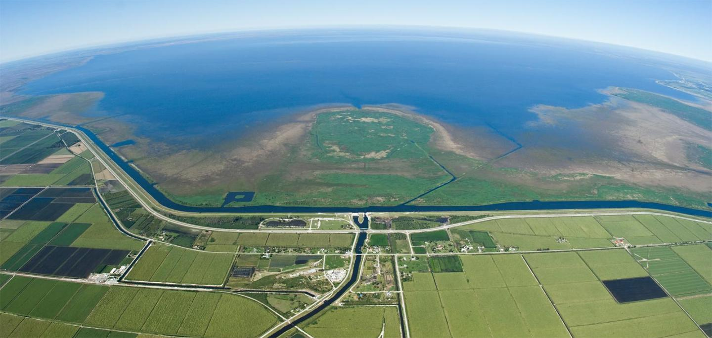 photo of Lake Okeechobee near Ritta Island
