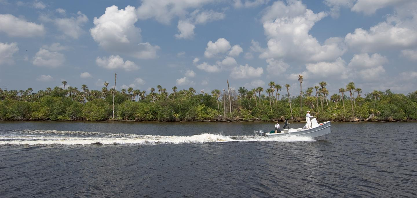 photo of commercial fishing boat on the St. Lucie River